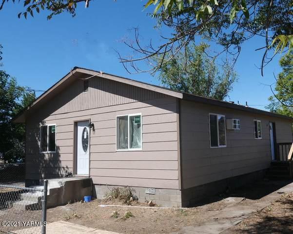 107 S K St, Toppenish, WA 98948 (MLS #21-1383) :: Amy Maib - Yakima's Rescue Realtor