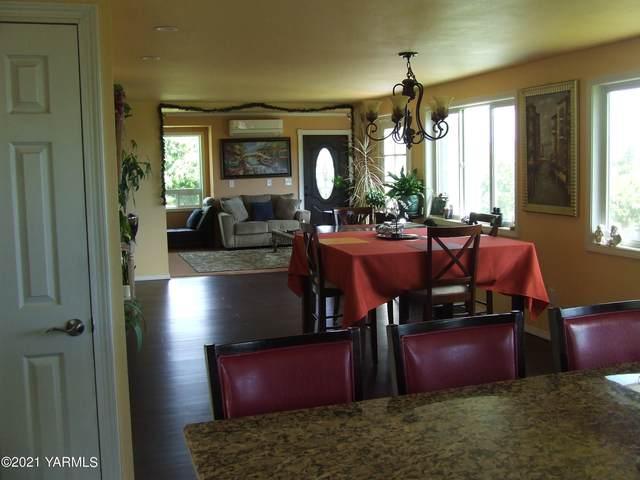 1692 Watson Rd, Yakima, WA 98908 (MLS #21-1405) :: Amy Maib - Yakima's Rescue Realtor