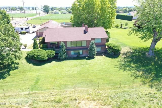 206 E Woodin Rd, Sunnyside, WA 98944 (MLS #21-1452) :: Candy Lea Stump   Keller Williams Yakima Valley