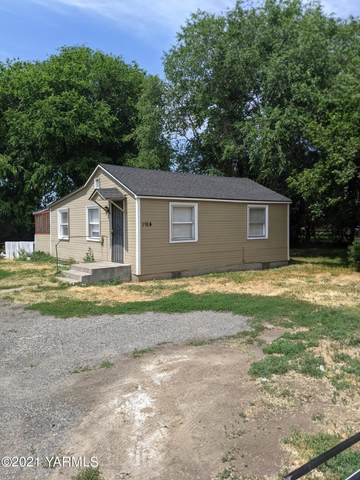 1914 S 3rd Ave, Union Gap, WA 98903 (MLS #21-1482) :: Amy Maib - Yakima's Rescue Realtor