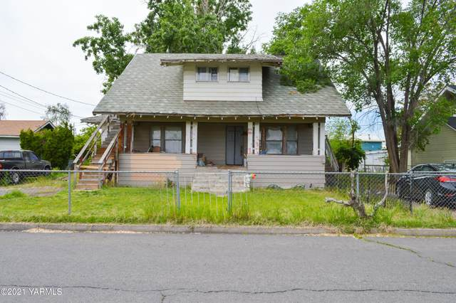 816 N 15th Ave, Yakima, WA 98902 (MLS #21-1529) :: Heritage Moultray Real Estate Services