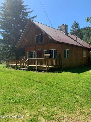 17582 Hwy 410 Ave, Naches, WA 98937 (MLS #21-1567) :: Heritage Moultray Real Estate Services