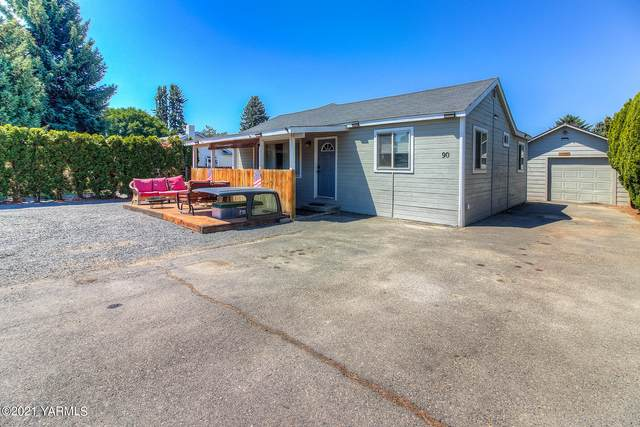 90 Old Stage Way, Yakima, WA 98908 (MLS #21-1612) :: Heritage Moultray Real Estate Services