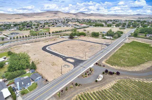 106 Vineyard View Ln Lot 4, Yakima, WA 98901 (MLS #21-1626) :: Amy Maib - Yakima's Rescue Realtor