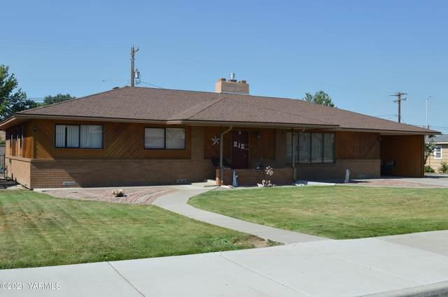 212 E Seattle Ave, Moxee, WA 98936 (MLS #21-1732) :: Amy Maib - Yakima's Rescue Realtor