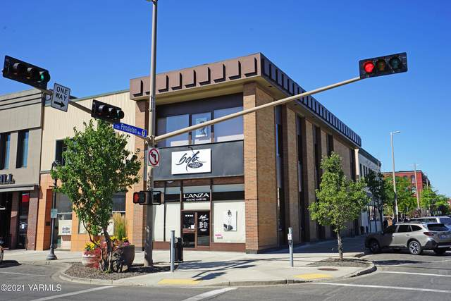 32 N 2nd St, Yakima, WA 98901 (MLS #21-1774) :: Heritage Moultray Real Estate Services