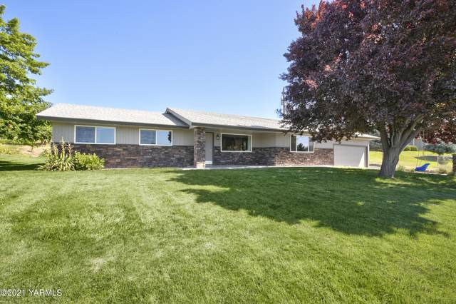 3661 Selah Loop Rd, Selah, WA 98942 (MLS #21-1809) :: Amy Maib - Yakima's Rescue Realtor