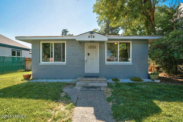 404 S 13th Ave, Yakima, WA 98902 (MLS #21-1829) :: Heritage Moultray Real Estate Services