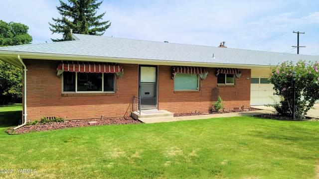 403 N 39th Ave, Yakima, WA 98902 (MLS #21-1869) :: Candy Lea Stump   Keller Williams Yakima Valley