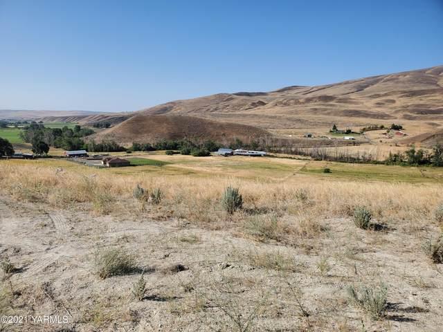NKA N Wenas Rd #2, Selah, WA 98942 (MLS #21-1881) :: Candy Lea Stump | Keller Williams Yakima Valley