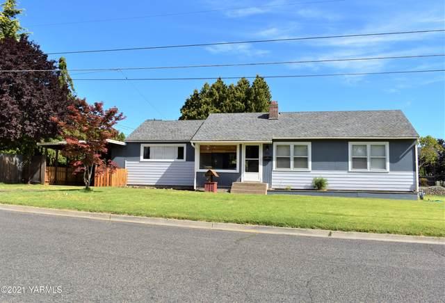 2101 W Logan Ave, Yakima, WA 98902 (MLS #21-1886) :: Candy Lea Stump   Keller Williams Yakima Valley