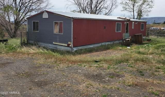 590 Hideaway Rd, Yakima, WA 98908 (MLS #21-1895) :: Amy Maib - Yakima's Rescue Realtor