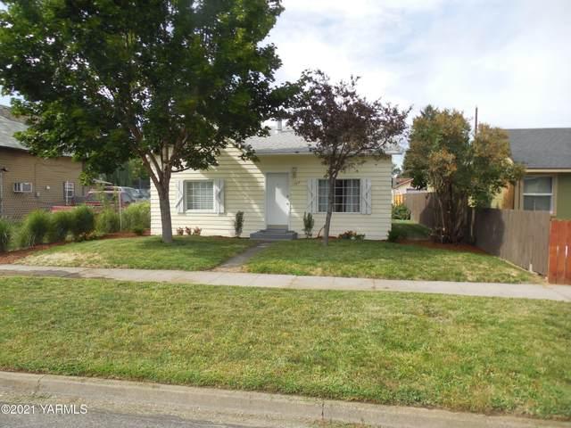 1307 Roosevelt Ave, Yakima, WA 98902 (MLS #21-1922) :: Candy Lea Stump   Keller Williams Yakima Valley