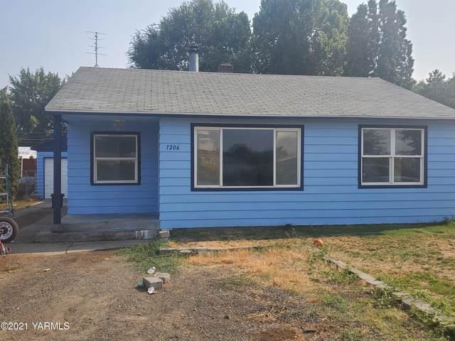 1206 Washington Ave, Union Gap, WA 98903 (MLS #21-2006) :: Heritage Moultray Real Estate Services