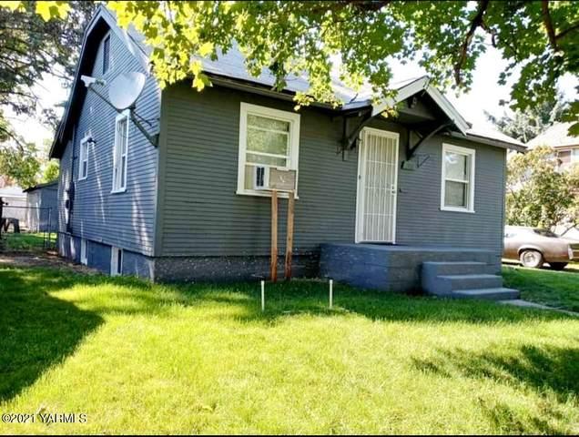 712 S 7th Ave, Yakima, WA 98902 (MLS #21-2107) :: Candy Lea Stump   Keller Williams Yakima Valley