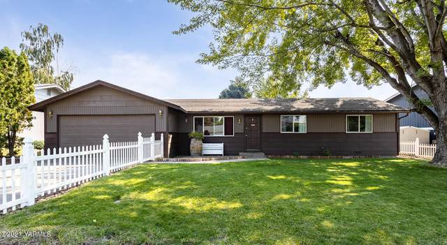 205 S 58th St, Yakima, WA 98901 (MLS #21-2246) :: Heritage Moultray Real Estate Services