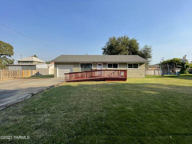 205 1/2 Cedar St, Grandview, WA 98930 (MLS #21-2251) :: Amy Maib - Yakima's Rescue Realtor