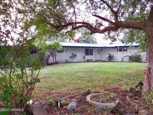 1402 Weirman Rd, Toppenish, WA 98948 (MLS #21-2261) :: Amy Maib - Yakima's Rescue Realtor