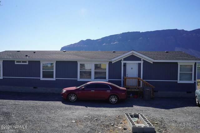 18318 SW Shore Ave, Mattawa, WA 99349 (MLS #21-2316) :: Heritage Moultray Real Estate Services