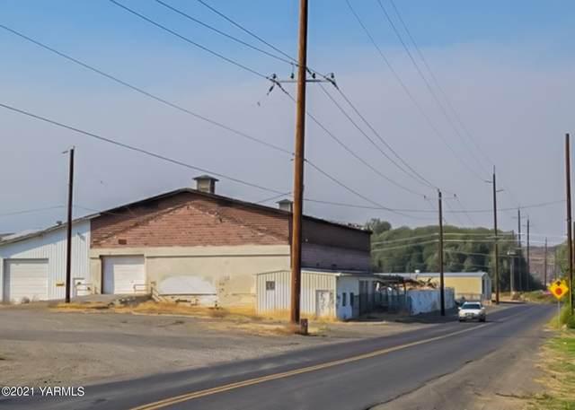 1650 Old Cowiche Rd, Tieton, WA 98923 (MLS #21-2369) :: Amy Maib - Yakima's Rescue Realtor