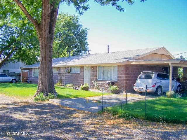 2102 S 2nd Ave, Yakima, WA 98903 (MLS #21-2407) :: Heritage Moultray Real Estate Services