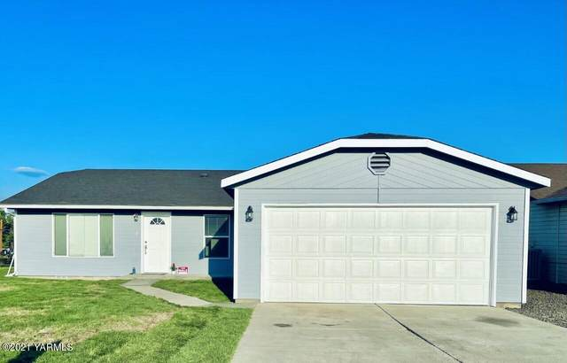 2512 S 78th Ave, Yakima, WA 98903 (MLS #21-2437) :: Heritage Moultray Real Estate Services