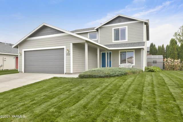 103 S Chinook St, Moxee, WA 98936 (MLS #21-2471) :: Heritage Moultray Real Estate Services