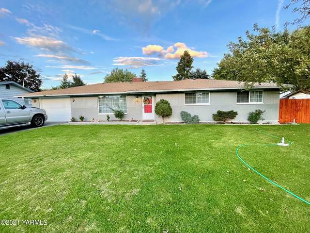 217 S 62nd Ave, Yakima, WA 98908 (MLS #21-2490) :: Heritage Moultray Real Estate Services
