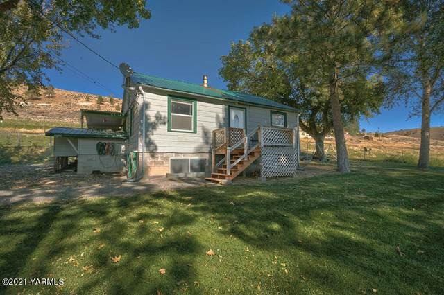 20541 N Wenas Rd, Selah, WA 98942 (MLS #21-2512) :: Heritage Moultray Real Estate Services