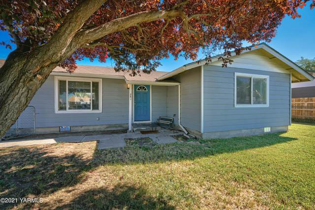 241 Blossom Dr, Moxee, WA 98936 (MLS #21-2518) :: Heritage Moultray Real Estate Services