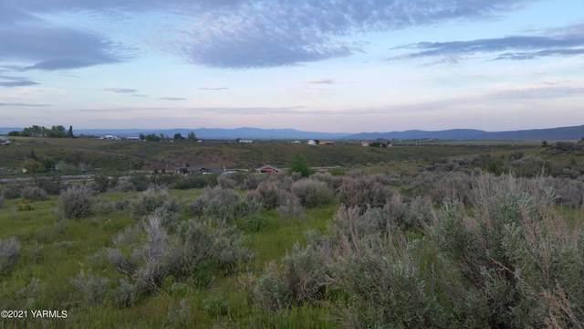NKA Mini Pines Rd, Yakima, WA 98908 (MLS #21-2532) :: Heritage Moultray Real Estate Services