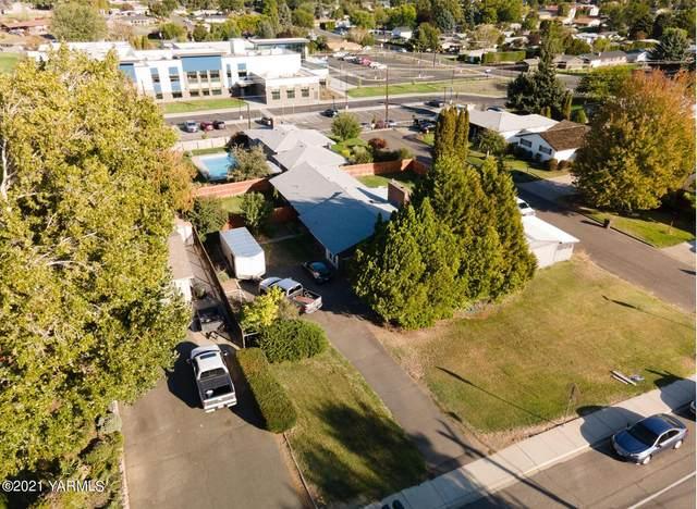1 N 65th Ave, Yakima, WA 98908 (MLS #21-2548) :: Candy Lea Stump | Keller Williams Yakima Valley