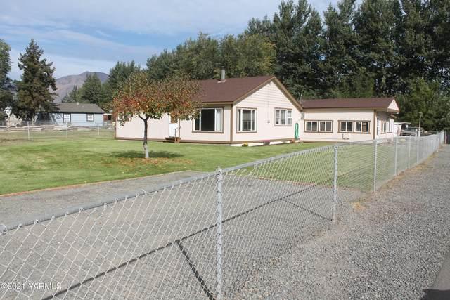 123 Klockhammer Rd, Naches, WA 98937 (MLS #21-2627) :: Amy Maib - Yakima's Rescue Realtor