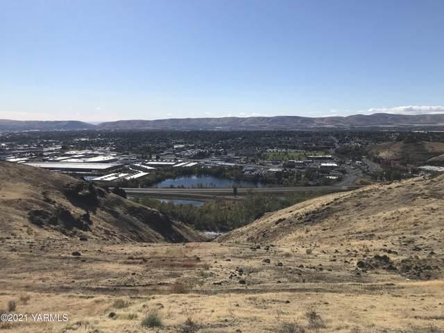 112 Dwinell Dr, Selah, WA 98942 (MLS #21-2652) :: Amy Maib - Yakima's Rescue Realtor