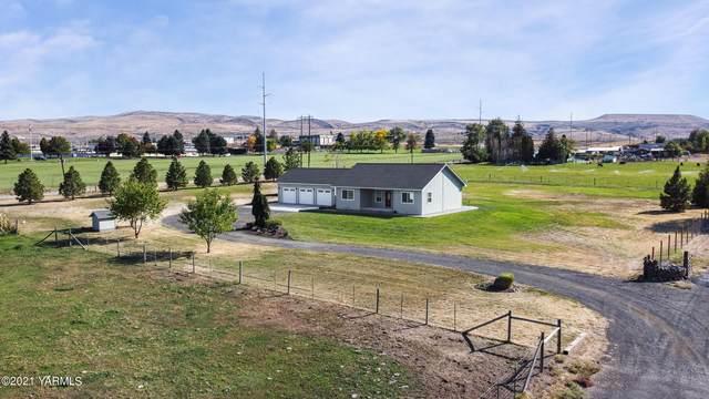 704 Firing Center Rd, Yakima, WA 98901 (MLS #21-2666) :: Amy Maib - Yakima's Rescue Realtor