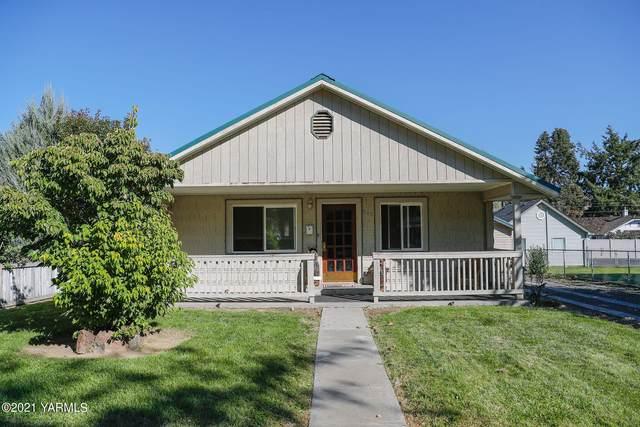 205 N 4th St, Selah, WA 98942 (MLS #21-2686) :: Amy Maib - Yakima's Rescue Realtor