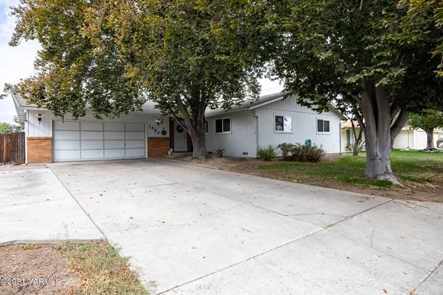 1422 S 28th Ave, Yakima, WA 98902 (MLS #21-2729) :: Amy Maib - Yakima's Rescue Realtor