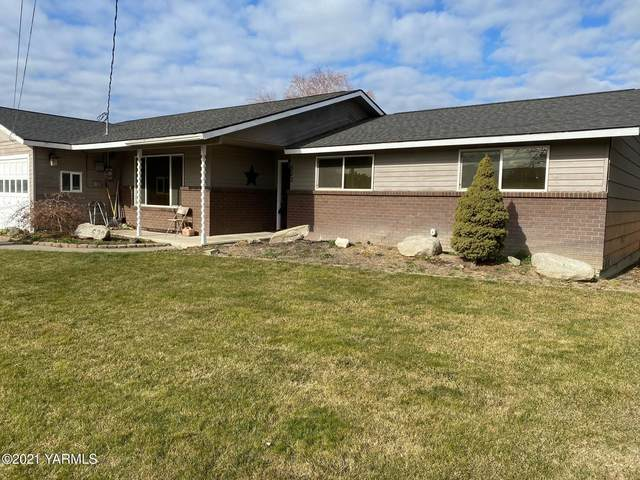 520 W Grandview Ave, Sunnyside, WA 98944 (MLS #21-273) :: Candy Lea Stump | Keller Williams Yakima Valley