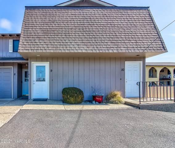 701 S 38th Ave #10, Yakima, WA 98902 (MLS #21-2735) :: Amy Maib - Yakima's Rescue Realtor