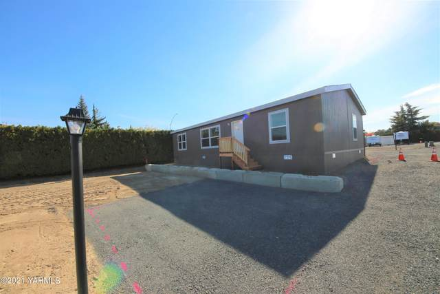 802 N 40th Ave #84, Yakima, WA 98908 (MLS #21-2754) :: Heritage Moultray Real Estate Services