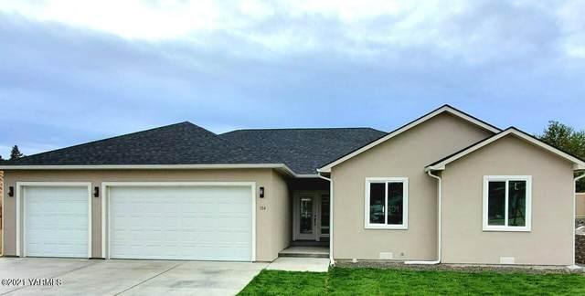 504 N 76th Ave, Yakima, WA 98908 (MLS #21-2755) :: Amy Maib - Yakima's Rescue Realtor