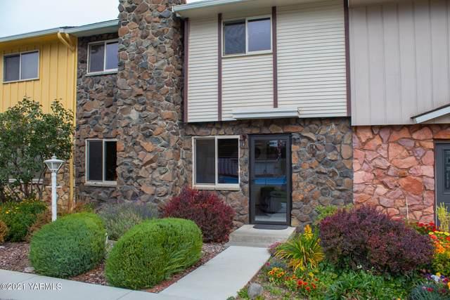 101 N 58th Ave #13, Yakima, WA 98908 (MLS #21-2787) :: Amy Maib - Yakima's Rescue Realtor
