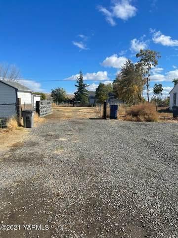 NNA Yakima & 4th St, Parker, WA 98939 (MLS #21-2815) :: Amy Maib - Yakima's Rescue Realtor