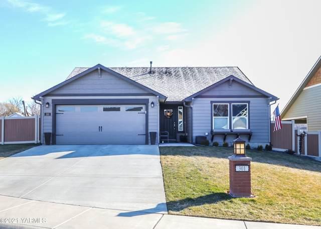 301 Seasons Pky, Yakima, WA 98901 (MLS #21-316) :: Candy Lea Stump | Keller Williams Yakima Valley