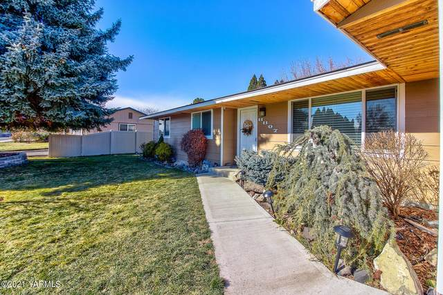 8807 W Yakima Ave, Yakima, WA 98908 (MLS #21-385) :: Heritage Moultray Real Estate Services