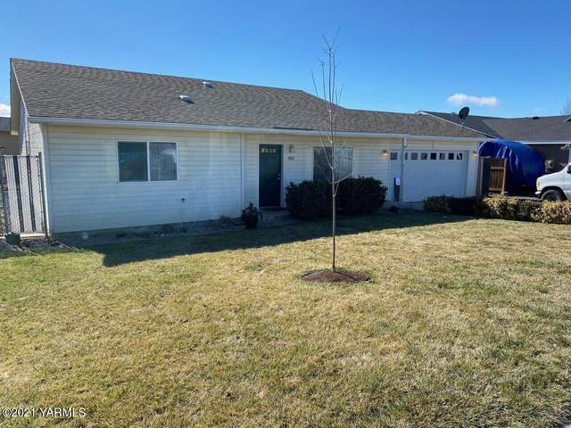 8902 W Chestnut Ave, Yakima, WA 98908 (MLS #21-397) :: Candy Lea Stump | Keller Williams Yakima Valley