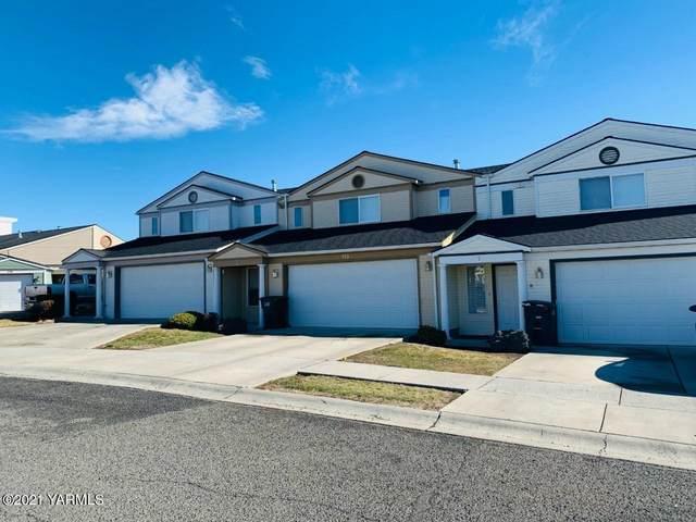 113 Peachtree Ln 1-3, Yakima, WA 98908 (MLS #21-399) :: Candy Lea Stump | Keller Williams Yakima Valley