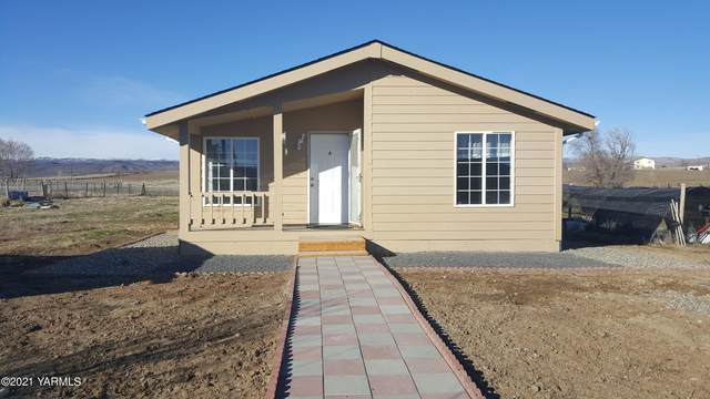 1851 W Huntzinger Rd, Selah, WA 98942 (MLS #21-427) :: Amy Maib - Yakima's Rescue Realtor