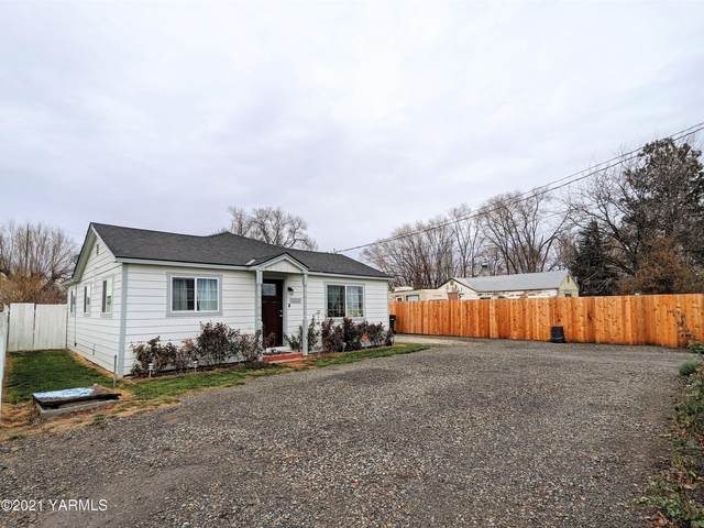 1023 Woodland Ave, Yakima, WA 98902 (MLS #21-50) :: Heritage Moultray Real Estate Services