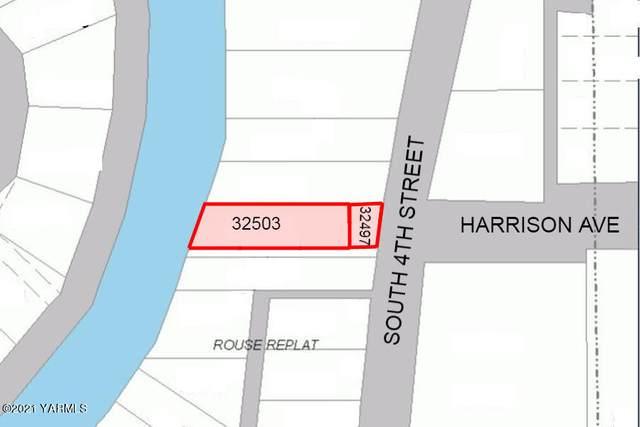 733 S 4th St, Sunnyside, WA 98944 (MLS #21-52) :: Amy Maib - Yakima's Rescue Realtor